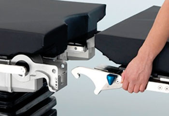 Image: The new connect and lock system of the TruSystem 7000 (Photo courtesy of TRUMPF Medical Systems).