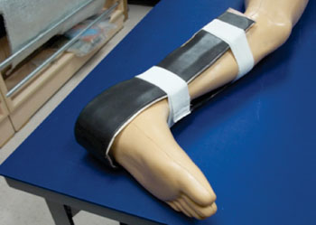 Image: The WSU fast-setting splint placed on the leg (Photo courtesy of NIAR/ Wichita State University).